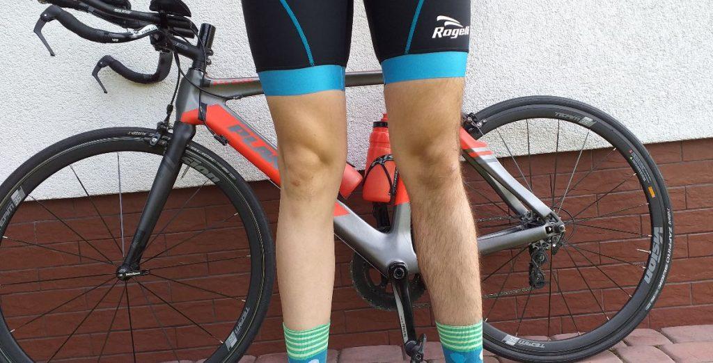 KOlarz z ogolonymi nogami